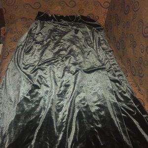 Long crushed velvet green skirt, S, Womans